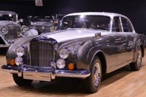 1960 Bentley S2 Continental Flying Spur by H. J. Mulliner