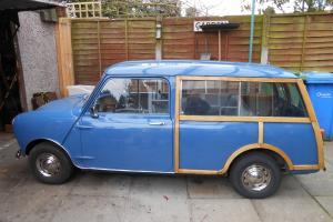 morris mini estate woody