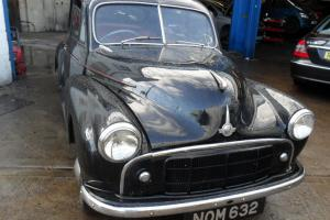 1953 MORRIS MINOR SPLIT SCREEN WITH CHEESE-GRATER GRILL