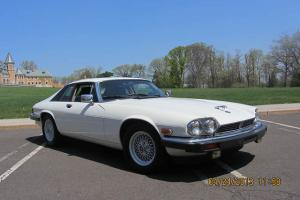 1989 JAGUAR XJS LOW MILES COUPE EXOTIC COLLECTIBLE NO RESERVE ! Photo