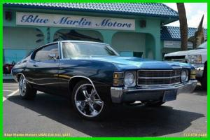 502 V8 Auto AC PS PB PW Leather DVD Loaded and ready to cruise! show winner!