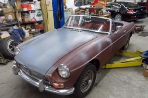 1968 MGB RED ROADSTER PROJECT 4 CY 4 SP DISC BRAKES, RACING
