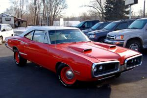 Super Bee 440 SIXPACK Pistol Grip 4spd HEMI Orange Bucket Seats