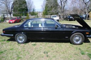1986 JAGUAR XJ6 Vanden PLAS,48K,CLEAN CARFAX,Pristine CONDITION,RARE!!! Photo