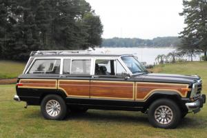1987 Jeep Grand Wagoneer ~ Engine rebuilt ~ Beautiful!!! ~ Just over 100k miles