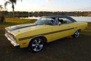 1970 PLYMOUTH GTX, LEMON TWIST WITH BLACK TOP, MUSCLE CAR, COLLECTOR CAR