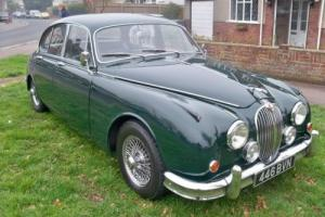 1966 Jaguar MK II Photo