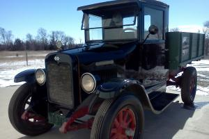 1929 International Green Diamond truck