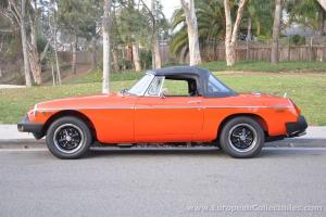 1979 MG B Roadster Photo
