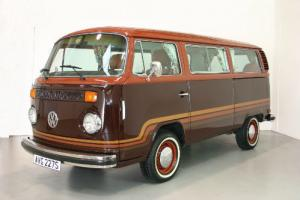 1978 Volkswagen T2 Microbus - Champagne Edition - LHD