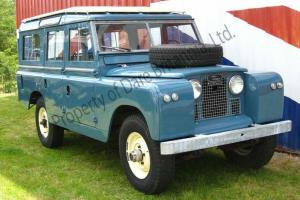 1966 Land-Rover Safari Station Wagon