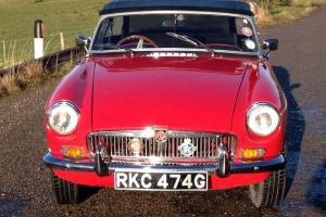 MGB ROADSTER  RKC 474G Photo