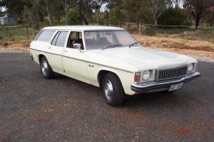 HZ Holden Kingswood Station Wagon Suit HQ HJ HX HK HT HG GTS Buyers in Evanston Park, SA