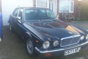 Jaguar XJ6 series 3 4.2 running car
