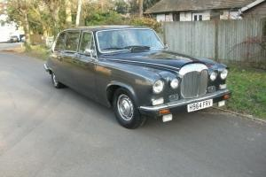 DAIMLER DS420 LIMOUSINE NOT HEARSE