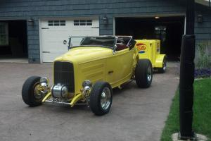 1932 FORD ROADSTER YELLOW FORD HIGHBOY 351 WINDSOR ENG FORD DRIVETRAIN