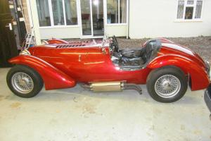 Jaguar based english Healey Silverstone style roadster -4.2 XK pro-built engine. Photo
