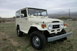 1976 Toyota Land Cruiser FJ40 Beautiful Brand New Stock Original Restoration