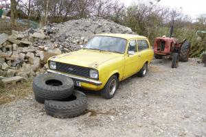 FARM BARN FIND CLASSIC FORD ESCORT MK2 ESTATE