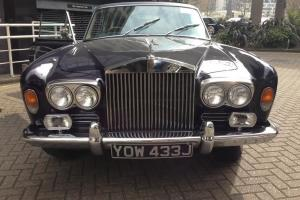 Elegant Dark Blue Rolls Royce Mulliner Park Ward Photo