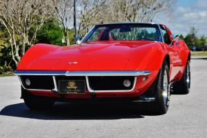 Rare cold a/c 4 speed 1968 Chevrolet Corvette T-Tops red /black in stunning car