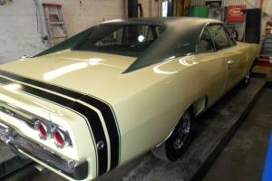 1968 DODGE CHARGER R/T!!!!! 440 AUTOMATIC