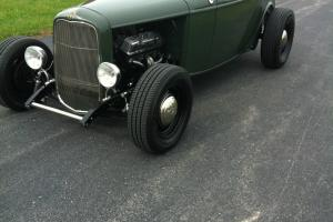 1932  32 FORD ROADSTER