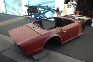 triumph tr6 1972 renovation project Photo