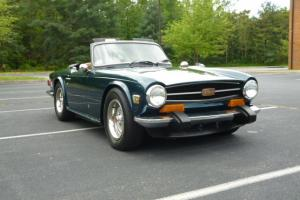 1974 Triumph TR6 convertible Photo
