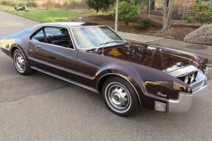 1966 OLDSMOBILE TORONADO DELUXE POWER EVERYTHING clean driver NEW PAINT 425