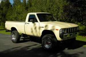 Totally Restored, 4X4 long bed toyota truck, manual transmission