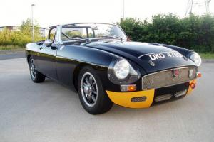 1965 MGB ROADSTER Photo