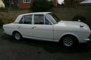 cortina 1600e taxed mot