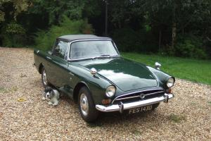 Sunbeam Alpine Rootes series 5 1966 in British Racing Green