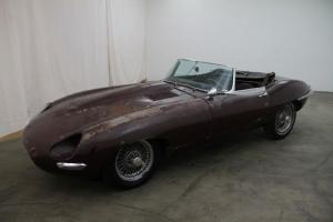 Jaguar e type flatfloor roadster 1961 Photo