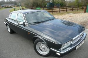 Daimler Sovereign XJ40 Auto