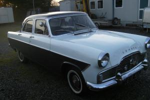 Ford Zephyr Photo