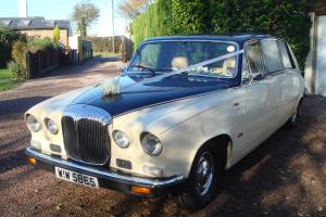 DAIMLER DS420 LIMOUSINE EX LORD MAYOR OF LONDONS CAR WEDDING CAR LPG / PETROL
