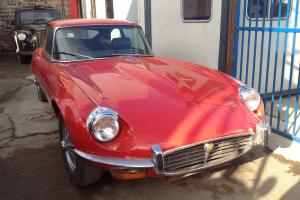 JAGUAR E TYPE V12 Red, Chrome Wire Wheels Reg No (PGC 254K) Photo
