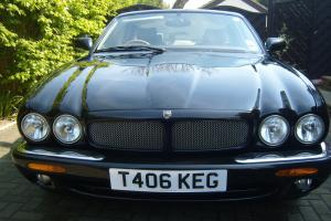 JAGUAR XJ SPORT 3.2 V8 BLACK PERFECT CONDITION 1 YEARS M.O.T. FUTURE CLASSIC Photo