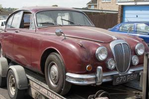 1964 DAIMLER V8 250 - An ideal restoration project