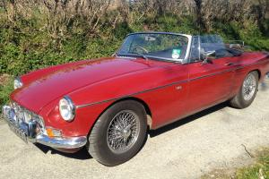 MGB Roadster V8 Heritage Shell conversion