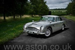 Bespoke Aston Martin DB5 Photo