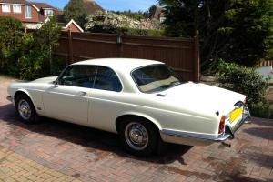 Jaguar XJ6 Coupe 1977 Auto Photo