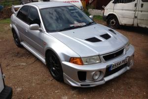 1998 MITSUBISHI LANCER EVOLUTION - SPARES OR REPAIRS