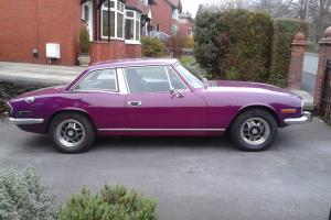 Triumph Stag 3.0L original triumph engine manual with overdrive 1974 Magenta