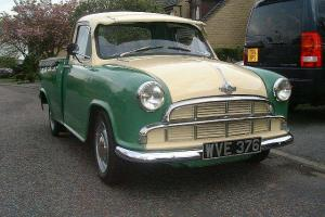 1960 MORRIS COWLEY PICK UP