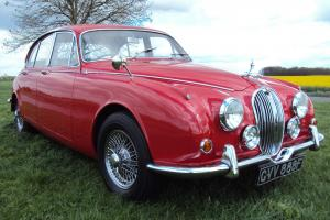 JAGUAR MK2 240 1967 STUNNING CAR INSIDE AND OUT Photo