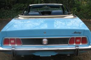 CLASSIC MUSTANG CONVERTIBLE, 351 cid v2 V-8 ENGINE, Rare model