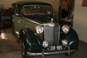 1948 MGY Saloon 2 Tone Green TAN Interior Good Original Condition